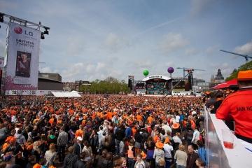 Overzicht vanaf VIP - Radio 538 - Koninginnedag 2010 - Museumplein, Amsterdam